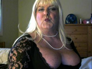Laurielea's Live Cam