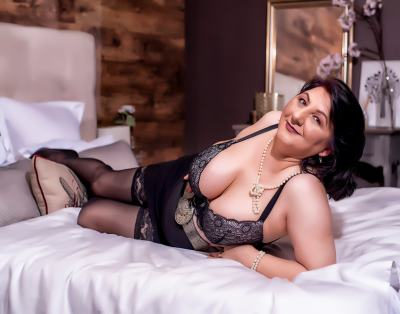 MILFPandora, 47 – Live Adult cam-girls and Sex Chat on Livex-cams