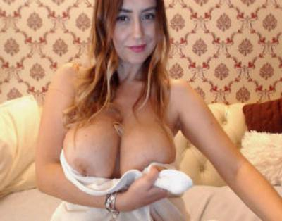 LusciousAss, 39 – Live Adult cam-girls and Sex Chat on Livex-cams